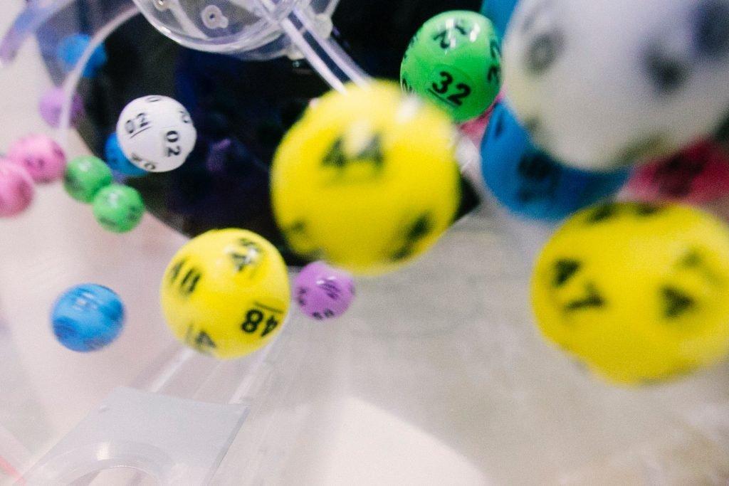 Loton tuloksien tarkistaminen on helppoa ja hauskaa